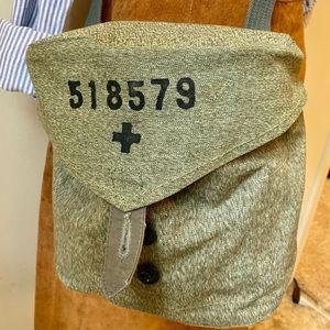 Vintage olive green military medical bag